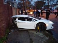 צפו: הלמבורגיני נקרעה לשניים - הנהג יצא ללא פגע