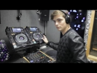 Martin Garrix �� ��� ����� KISS UK