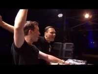 Hardwell & Tiesto - Tomorrowland 2014 הסט המלא מטומורולנד