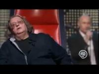 ולדימיר פוטין מתמודד ב - The Voice