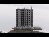 צפו: הריסת רב-קומות שהשתבשה