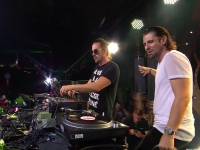"Dimitri Vegas & Like Mike ""Vinyl Only"" Set Tomorrowland 2016 הסט המלא מטומורולנד"