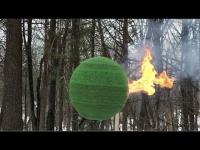 מדהים: כדור אש ענק מ-42 אלף גפרורים
