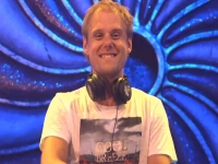 Armin van Buuren - Tomorrowland 2014 Weekend 1 הסט המלא מטומורולנד