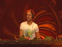 Armin van Buuren - Tomorrowworld 2015 הסט המלא מטומורוורלד