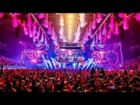 "Dimitri Vegas & Like Mike - Bringing The Madness 2017 ""Reflections"""