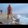 צפו: נאבק עם כריש בגודל 2 מטר