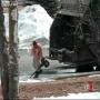 צפו: עובד זבל חטף קריזה