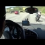 צפו: מירוץ בכביש אאודי R8 נגד קוואסקי נינג'ה נגד סוזוקי GSXR1000