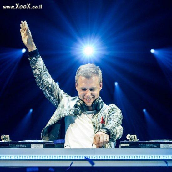 ארמין אונלי Armin Only