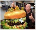 המבורגר ענק, מעניין כמה קלוריות יש פה